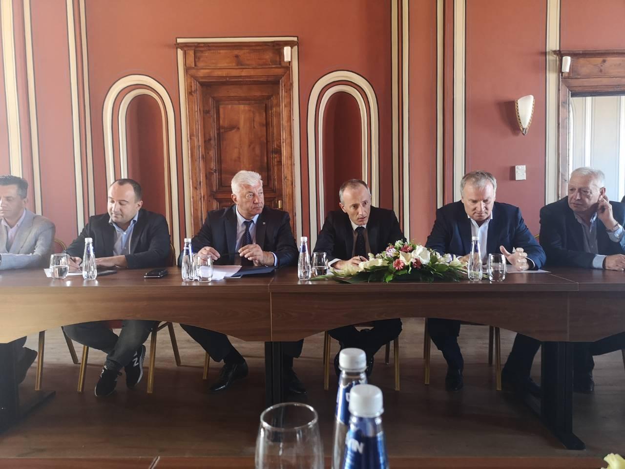 """Среща на СНЦ """"Бизнесът за Пловдив"""" с министъра на образованието Красимир Вълчев"""